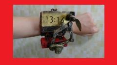 【厨二病】1分ごとに自動筆記するスチームパンク腕時計が無駄にかっこよすぎ!